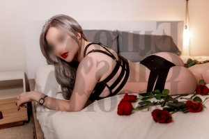 Carolle ebony live escort in Dickson and thai massage