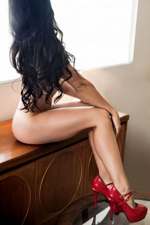 Yosra ebony escorts, massage parlor