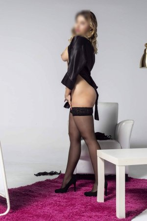 Maryvonne erotic massage in Caledonia