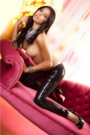 Wassyla ebony escort girl